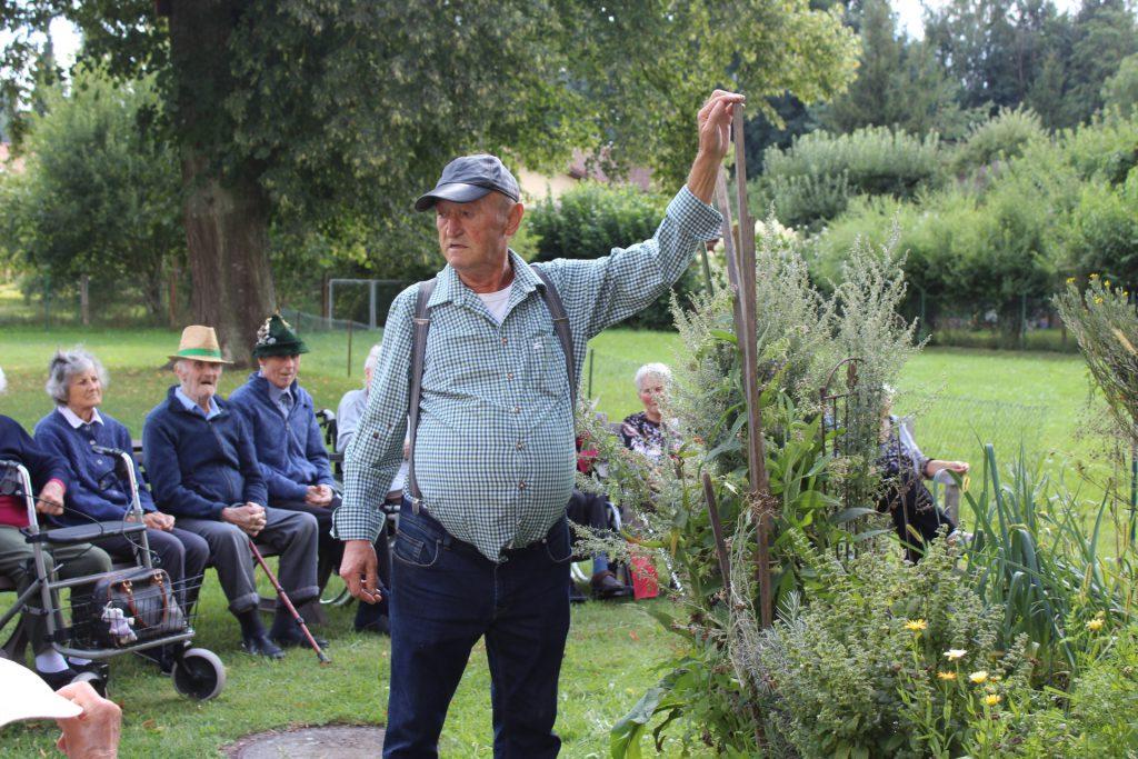 Kleine Kräuterkunde mit Arthur Regenfelder