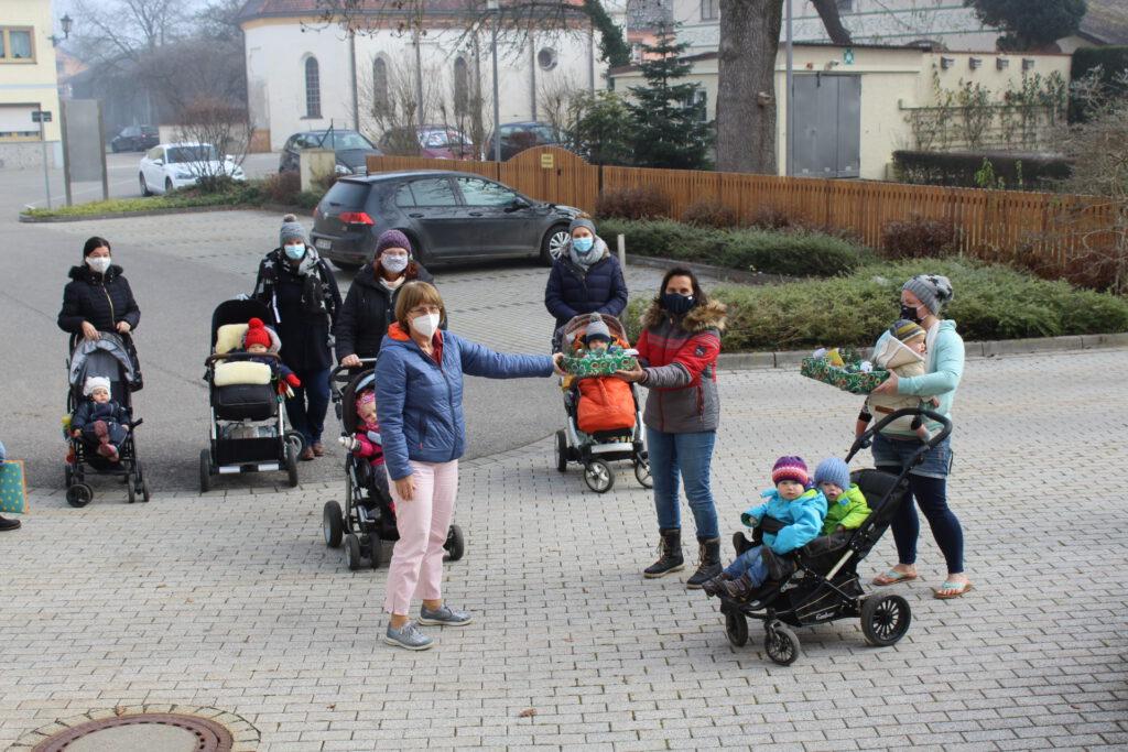 Besuch der Elter-Kind-Gruppe